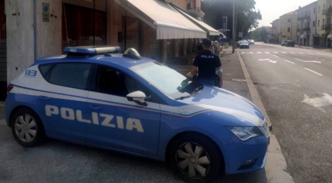 Italia. Un moldovean a dezlănțuit haosul în Verona. A atacat și rănit doi tineri cu un ciob de sticlăspartă