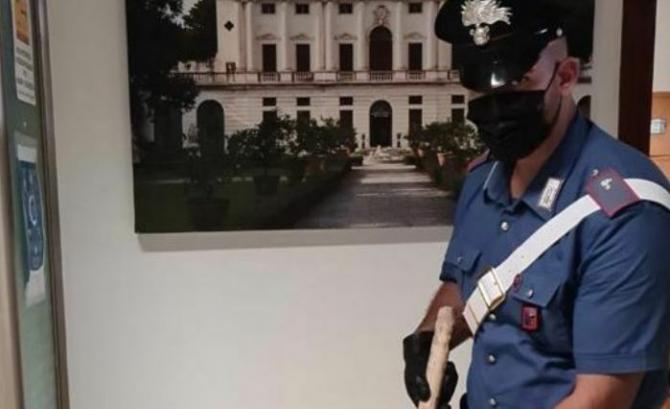Italia. Un român, bătut măr de vecinul său, un pensionar italian