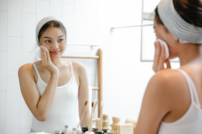 Mască purifiantă cu bicarbonat de sodiu: Secretul pielii de porțelan al asiaticelor,