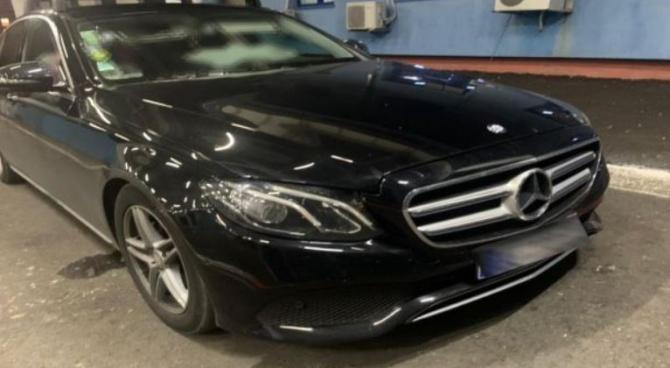 Mercedes-Benz, furat din Suedia, descoperit la frontiera Oancea. Șoferul a rămas pieton