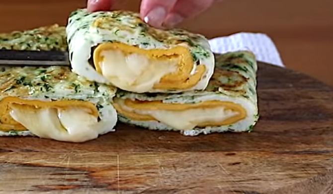 Mic dejun delicios din doar 2 ingrediente, gata în 5 minute! Un răsfăț în diminețile în care sunteți pe fugă!