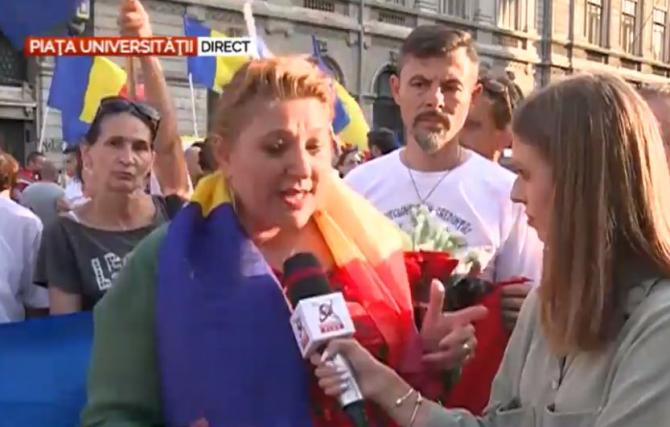 1. Protest în... (protest-in-piata-universitatii-din-bucuresti-inainte-de-valul-patru-al-pandemiei-covid.JPG)