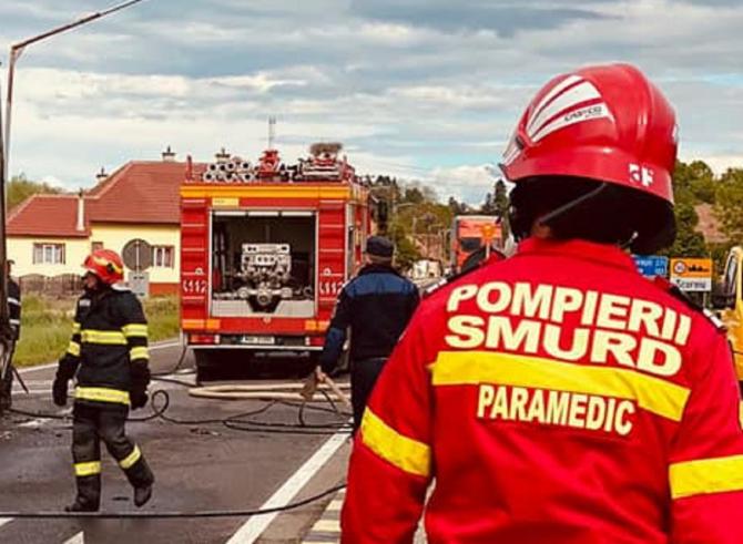 Şofer român de TIR, mort după ce s-a răsturnat pe șosea