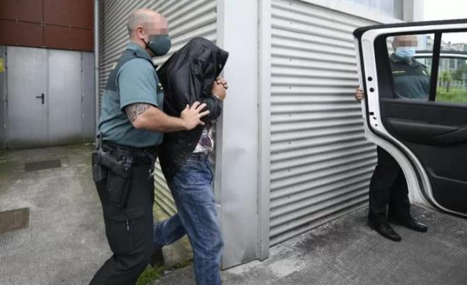 Spania. Românul care a înjunghiat un conațional în clădirea unui supermarket, acuzat de tentativă de omor