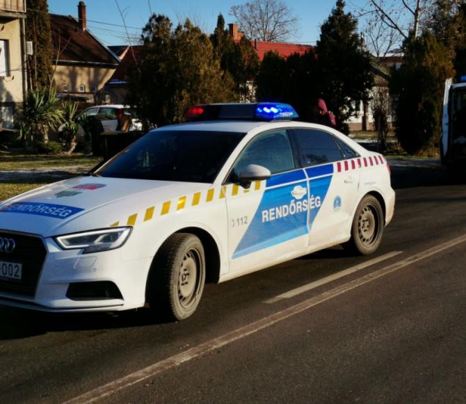 Ungara. Șofer român, tras pe dreapta de polițiști. Riscă să fie arestat pentru trafic de persoane