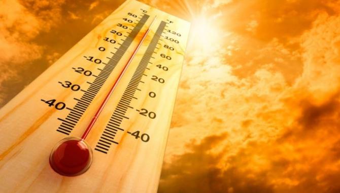 """Spania. ALERTĂ de caniculă: Temperaturi de peste 44 de grade. Premierul Sanchez: """"Prudenţă maximă"""""""