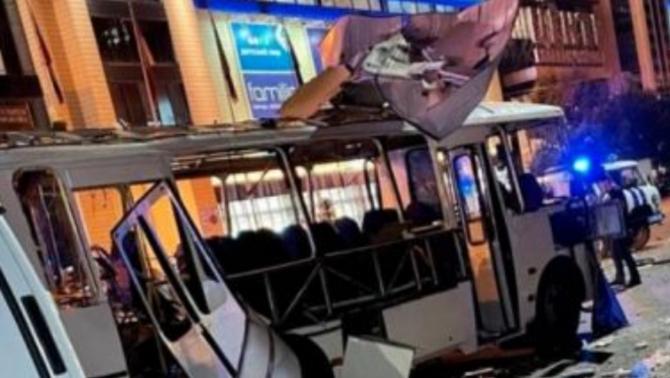 Doi morţi şi numeroşi răniţi în urma unei explozii produse într-un autobuz, în Rusia. FOTO: captură La Republica