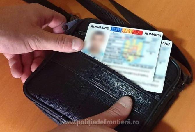 Doi tineri intenționau să ajungă în Europa cu acte de identitate false