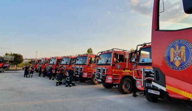 Grecia.Pompierii români, prima misiune în Attica. Salvatorii protejează trei localități de focul violent