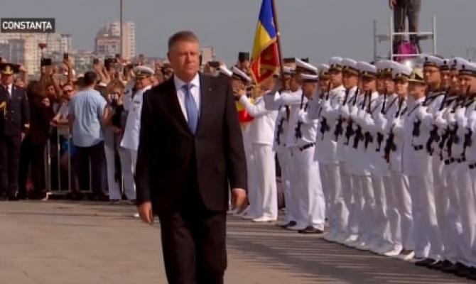 Iohannis va participa, mâine, la festivităţile organizate de Ziua Marinei la Constanța