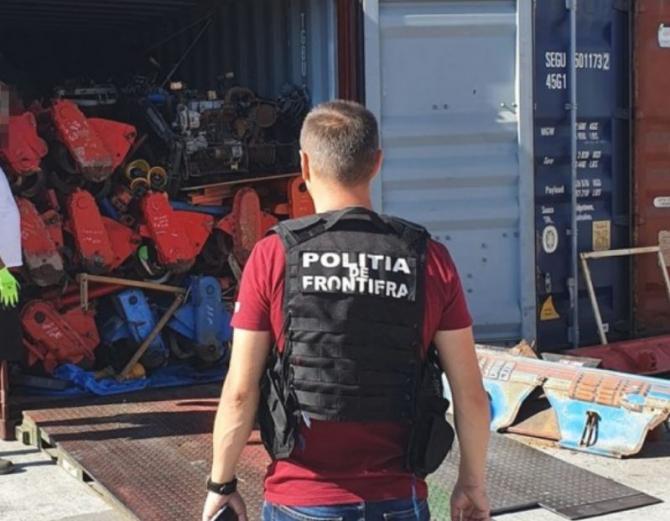 O firmă din Japonia și-a trimis gunoiul în România. Un container, plin cu tone de deşeuri, a intrat în Portul Constanța