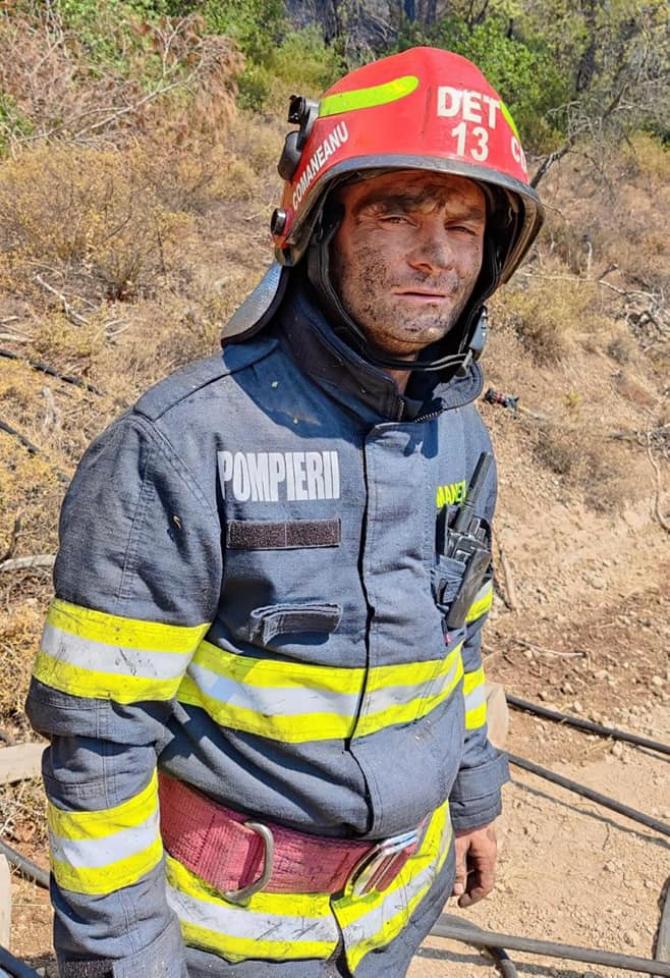 pompier-roman-grecia-incendii-evia