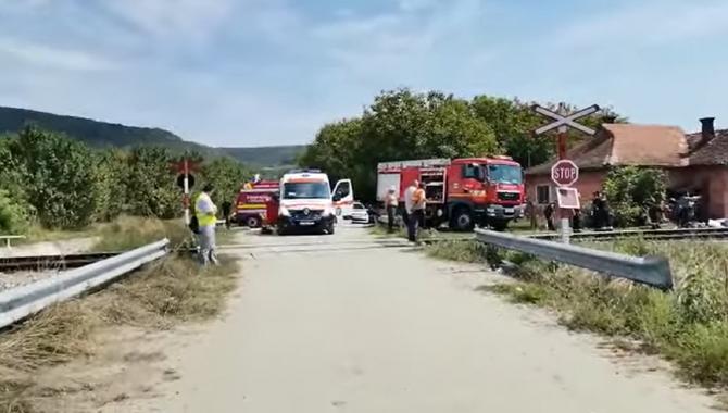 Șoferul microbuzului care a provocat accidentul din Cluj, reținut. O româncă a murit