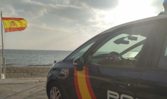 Spania. Un român care se îneca, salvat în ultimul moment de agenții de la Poliția națională
