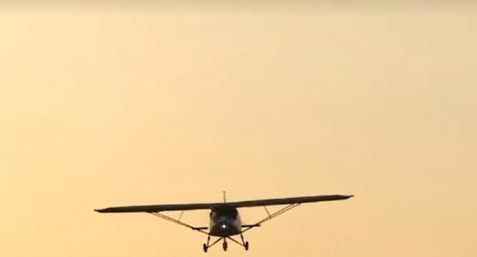 Un avion a intrat ilegal în România, apoi a fost coborât forțat de aviația ucraineană