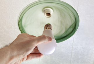 Germania reduce suprataxa pentru energie