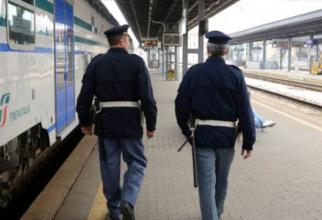 Italia. Două românce făceau bani din aer, într-o gară feroviară. Carabinierii le-au stricat afacerea