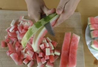 Nu aruncați niciodată cojile de pepene verde. Puteți face din ele o dulceață extrem de delicioasă