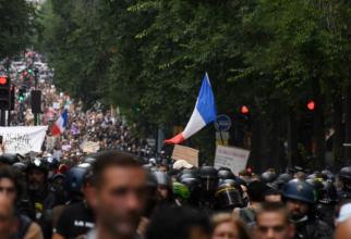 Proteste împotriva restricţiilor Covid, în Olanda, Austria şi Turcia. Manifestanți au cerut demisii