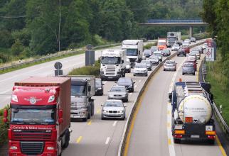 Anglia vrea salarii mai mari pentru șoferii de TIR