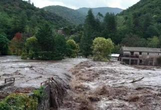 Stare de catastrofă naturală, decretată în sudul Franței, după ploile din ultimele zile