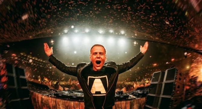 Armin van Buuren a amânat concertul din România