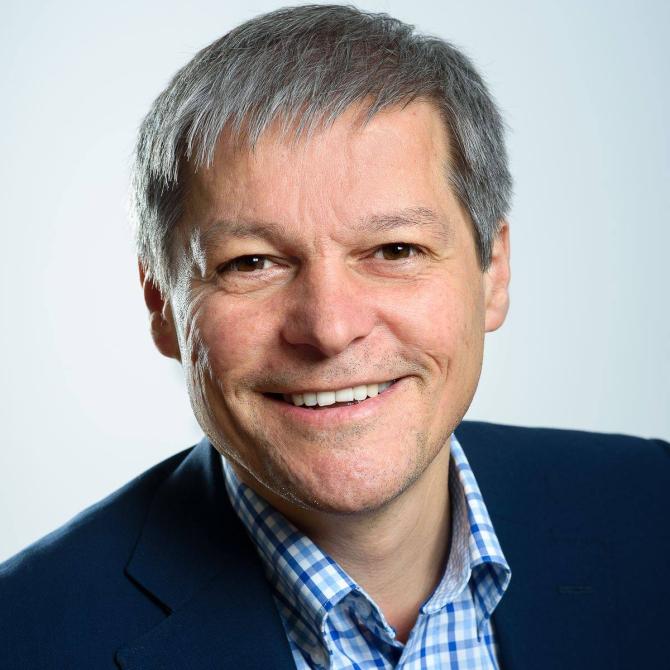 Dacian Cioloș crede că USR-PLUS poate numi un premier