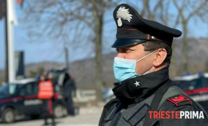 """Italia. Un român, arestat după ce a găsit un smartphone  """"Vă dau înapoi telefonul mobil dacă îmi dați 10 euro"""""""