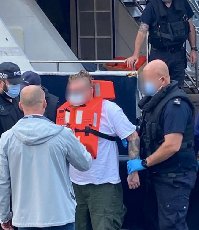 Marea Britanie. Peste două tone de cocaină, confiscate pe un iaht de lux. Captură în valoare de aproape 190 de milioane de euro.J