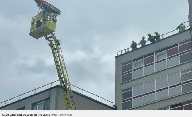 Marea Britanie. Un muncitor român a căzut de pe o scară. Pompierii au intervenit cu o macara . FOTO: captură mylondon.news