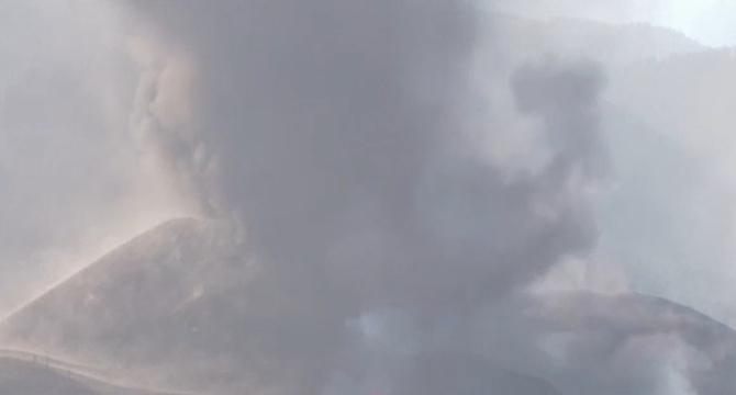 Norul de poluanți generat de vulcanul din La Palma ajunge în România. Intră pe la Timișoara și până luni seară se extinde în toată țara