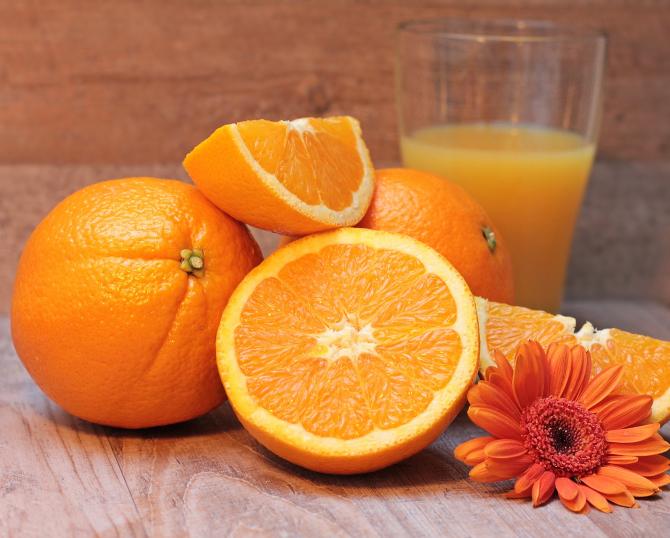 Nu mai arunca coaja de portocală! 7 întrebuințări mai puțin cunoscute