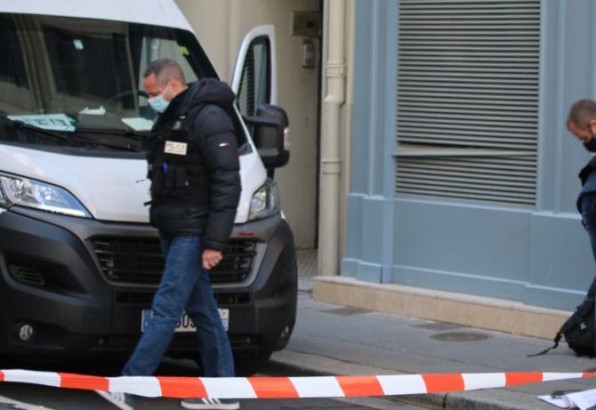O femeie din Viena, care plecase în vacanță, a rămas fără bijuteriile de 1 milion de euro. Casa i-a fost spartă