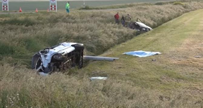 Olanda. Români, morți după ce microbuzul în care se aflau s-a izbit de o mașină. După 15 luni, niciun inculpat - VIDEO