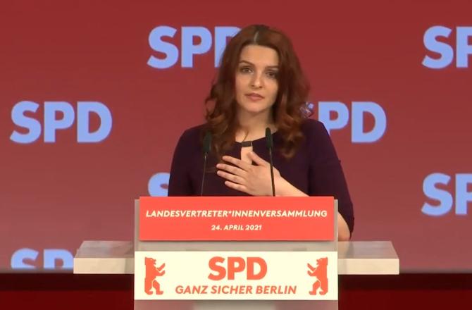 """Povestea româncei care candidează pentru un loc în Parlamentul german: """"Nu sunt o victimă"""""""