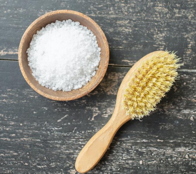 Sarea, ingredientul secret al bunăstării casei tale: Curăță toată energia negativă, nu doar impuritățile. Iată ce ai de făcut!