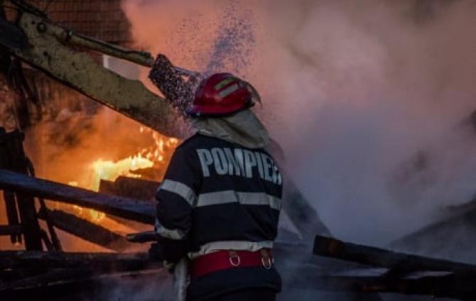Un român, imobilizat la pat, a murit carbonizat în propria casă. Un incendiu i-a cuprins locuința