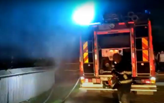 Un român a murit carbonizat în propria locuinţă. Pompierii au descoperit cauza incendiului