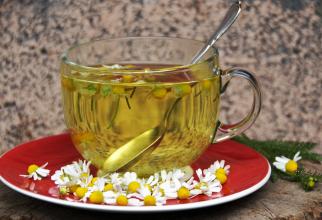 Adaugă bicarbonat de sodiu în ceai: Efectul minune pe care îl au cele două ingrediente banale este neașteptat
