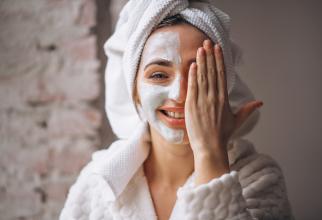 Bicarbonatul de sodiu, rețete senzaționale pentru o piele perfectă: Cosmeticienele nu vor să afli secretul!