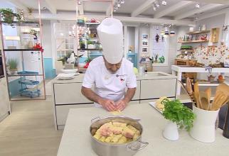"""Karlos Arguinano a gătit sarmale în emisiunea """"Cocina Abierto"""" de la televiziunea spaniolă Antena 3 (Foto: captură YouTube)"""