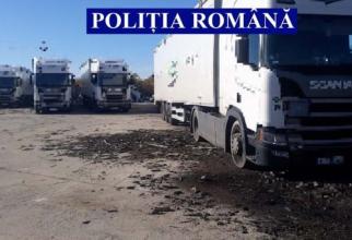 Cinci tiruri pline cu gunoi, adus ilegal, din Italia au ajuns în România. Polițiștii au întocmit dosar penal