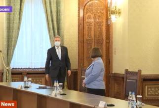 Consultări la Cotrocen. Preşedintele Iohannis discută cu delegaţia UDMR