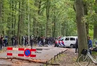"""Fake News în Olanda: """"Huliganii români au luat parte la revoltele în care poliția a fost ținta violenței"""""""