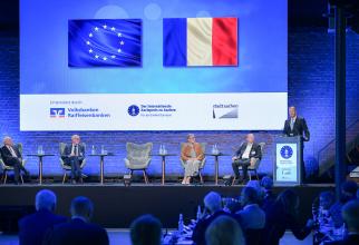 """Iohannis, la primirea Premiului """"Carol cel Mare"""": """"Finalizarea integrării României în Schengen ar trebui să fie un obiectiv UE"""""""