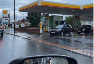 Panică în Germania. Prețul benzinei a ajuns la doi euro pe litru