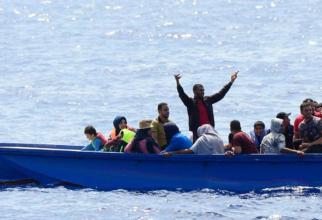Patru copii s-au înecat după ce barca lor s-a scufundat. Minorii, alături de 23 de migranți, încercau să ajungă în Grecia