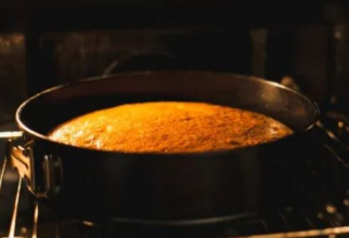 Plăcintă cu dovleac. Un desert delicios și aromat, pe care trebuie să-l preparăm în această toamnă
