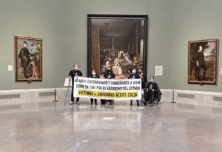 Spania. Un grup de persoane care au supraviețuit unei otrăviri în masă amenință că se sinucid în câteva ore într-un muzeu. FOTO: captură ccma.cat