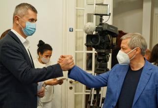 USR PLUS a decis să-și schimbe numele partidului. Care este noua denumire a formațiunii politice, cu Dacian Cioloș președinte. FOTO: Facebook @USR PLUS